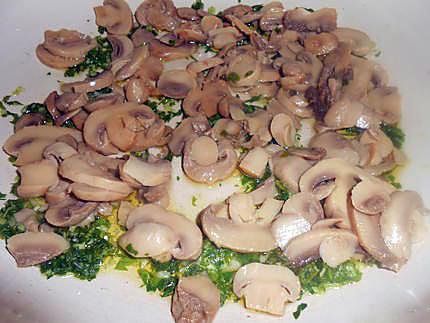 Pâtes aux champignons et saucisses 430