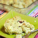 recette Chou fleur gratiné au camembert, raisins blonds et pignons