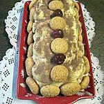 recette Tiramisu aux cerises. marscarpone et macarons.