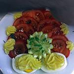 recette Salade de tomate accompagné d'œuf dur