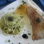 Escalopes de veau au spaghettis sauce Pesto.