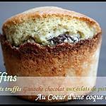 ** Muffins moelleux Cocolactés, truffés de ganache chocolat aux éclats de pistaches nichés au coeur d'une coque Coco **