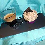 café gourmand (café et son cupcake chocolat et espuma de café au siphon)