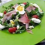 Salade au jambon cru et chévre