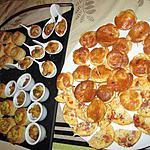 plateau apéritif,,feuilletés  st jacques   et   ris de veau  et tartelettes au roquefort idée de rosy