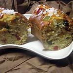 Gâteau à la ricotta aux fruits confits.