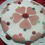 recette Gâteau crème pâtissière aux pralines roses. rapide.
