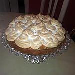 Gâteau aux pêches meringué