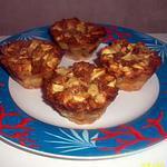 recette mini-pudding aux pomme avec son délicieu coeur spéculoos au dessus biscuité