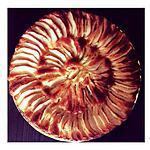 Bonsoir les filles je vous présente une Tarte aux pommes qui change un peu de la tarte aux pomme classique je les préparer pour mes s'inviter ils était ravis