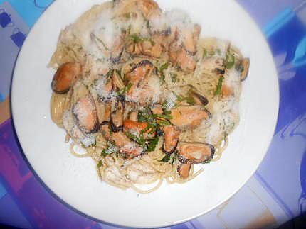 Cozze creme e spaghetti (moules crème et spaghetti) 430