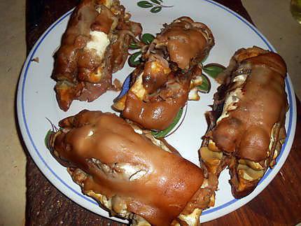 Recette de pieds de porc pan s et grill s - Cuisiner des pieds de porc ...