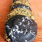 recette Biscuits au pralin maison, céréales et noix de coco natures ou recouverts de chocolat (sans matières grasses)
