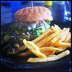Hamburger à la tomme de Savoie et a l'emmental