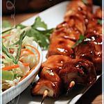 recette ~Brochettes de poulet piquantes et salade fraîcheur~