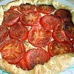recette quiche au boursin ail et fines herbe et à la tomate