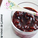 recette Crèmes noires sur lit de framboises et brisûres de marrons glacés