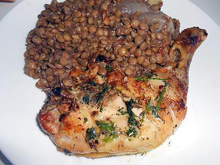 Cuisses de poulet grillees beurre de coriandre et lentilles 430