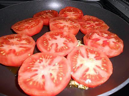 Tomates poêlées au beurre de coriandre 430