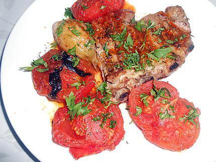 Travers de porc grillé aux herbes et beurre persillé  430