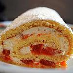 biscuit roulé à la crème de mascarpone et abricots
