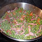 recette Petit pois du jardin revenus à la tomate ,aux lardons et aux echalottes