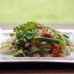 recette Riz frit avec des légumes et peau de porc frite
