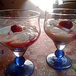 recette Verrines au mascarpone coulus fraise sur fond speculoos