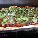 recette Pizza au jambon serrano, roquette et parmesan