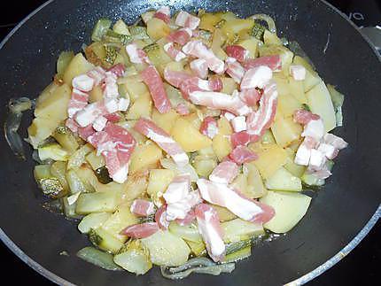 Pommes de terre et courgettes en tartiflette de camembert 430