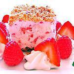 recette Carrés Glacés aux Fruits Rouges et Crumble de Pécans et Amandes
