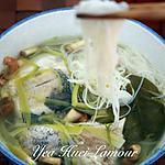 recette La soupe du poisson  aux des herbes thaïlandais  avec des vermicelle du riz