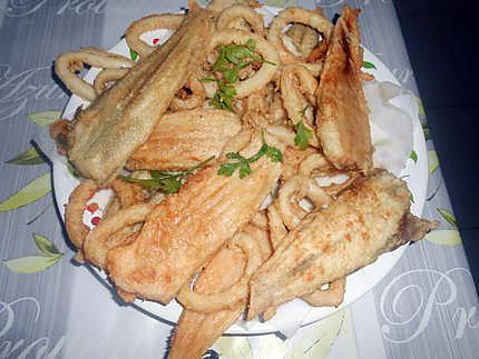 Duo de soles et calamars frits 430