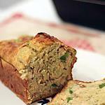 recette Cake salé minceur aux morceaux de saumon et poivron vert
