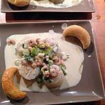 recette Saint Jacques poêlées, sauce aux jeunes oignons et crevettes