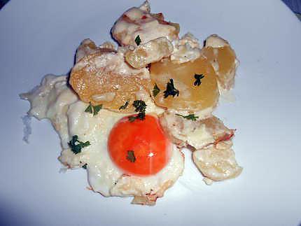 Oeufs au plat et petit gratin de pommes de terre 430