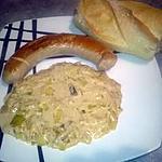 recette saucisse blanche à rotir et fondue de poireaux au tartare ail et fines herbes ,