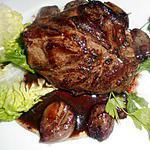 Steak dans la poire aux échalotes confites