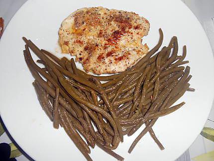 Escalopes de poulet panees au salinu (sel et noisettes concassées) 430