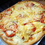 recette Pizza fromages / saumon fumé