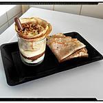 recette cône de crêpe à la crème chocolat blanc sur fond de crème pistache et nutella