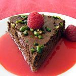 recette Moelleux mousseux choco-pistache et son coulis de framboises vanillé