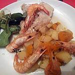 recette Méli Mélo de Lieu jaune et crevettes roses  sur lit de patates douces et pommes de terre