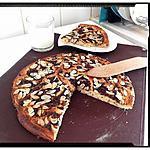 recette focaccias à la purée de banane aux chocolat râpé et amande parsemées