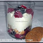 mascarpone : recette Verrine mascarpone fruits rouges macaron