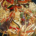 recette Wok de nouilles chinoises aux légumes