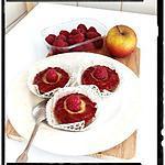 recette moelleux à la compote pomme-framboise et son coeur crème anglaise