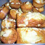 recette muffins coeur nutela aux éclats de noisettes fait maison, parsemés d'amande éffilées