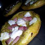 recette Pizzette de mon Papa au pesto lardons et chévre