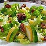 recette Salade aux poires avocats et noix caramélisées